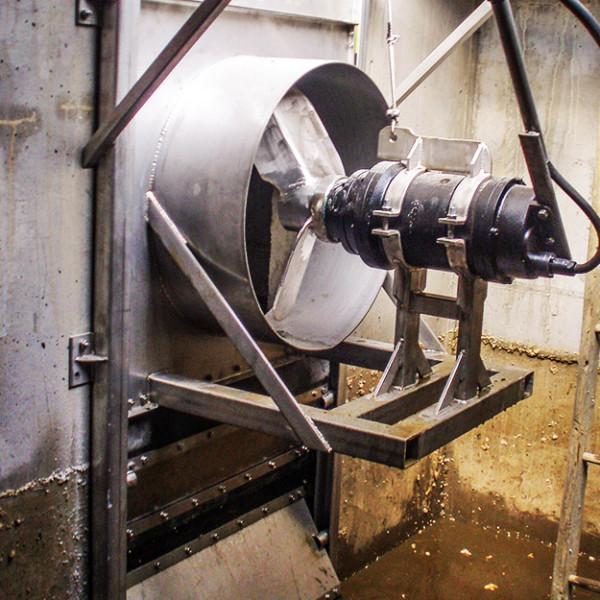 potopni-mesalnik-v-kanalih-3