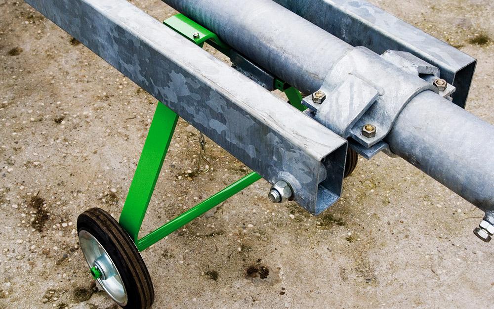 traktorski-mesalnik-vrtisce
